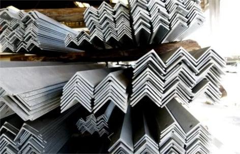Где купить в Москве уголок стальной равнополочный